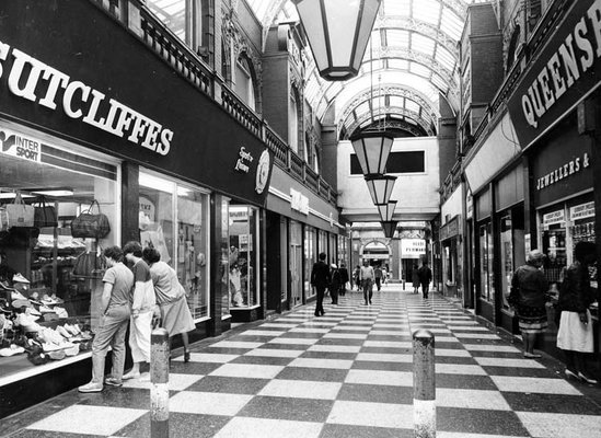 Cross Arcade Queen Victoria Street