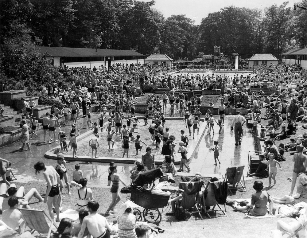 Leodis Collections Roundhay Park Open Air Bathing Pool
