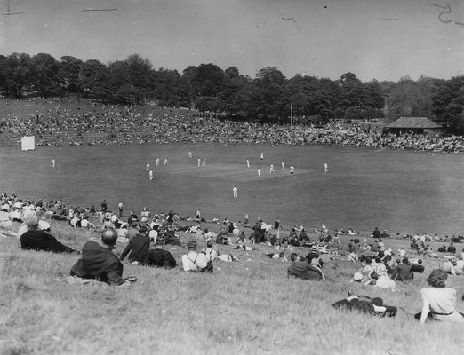 Roundhay Park, Cricket Match